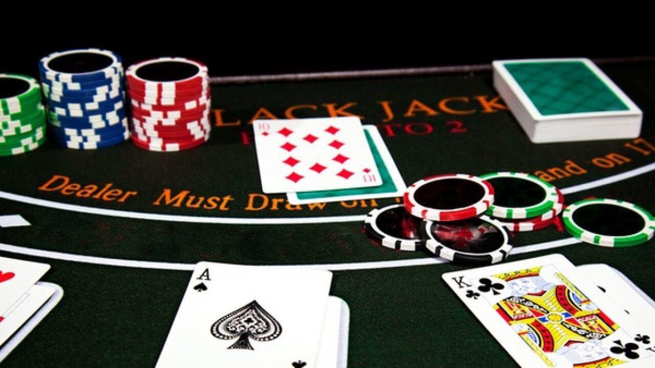 Quais são os melhores jogos de cartas de cassino online